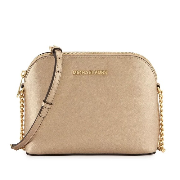 c213d647e3c77a 🌿BNW🌿Michael Kors Cindy Gold Crossbody Bag. M_5ad023c645b30c6e0fb194f9